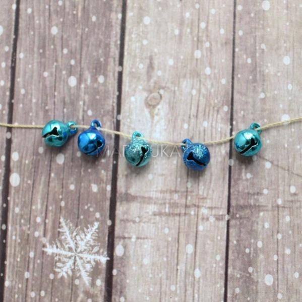 Набор сине-голубых бубенчиков J940